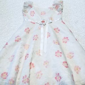 🌸- Blueberi Blvd-Gorgeous little girls dress🌸